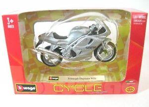 Triumph Doytona 955 I (Silver)