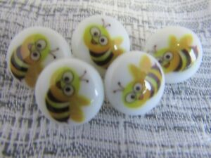 15mm Round Bumble Bee Shank Buttons in Packs of 5, 10 or 20