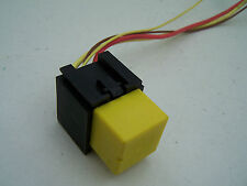 Scenic RX4 (2000-2003) Relay 12V-40A-03532 with black wiring plug