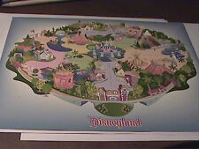 Disney GWP Attraction Series 2000 Map and 9 Pin Set Complete