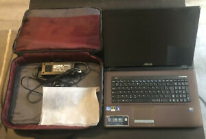 Ordinateur portable Asus X73S 17 pouces i7 2Ghz 4Go Ram HDD 750Go Windows 10