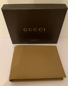 Gucci Men's Light Olive Leather Bi-fold Wallet 278596 Made in Italy Authentic
