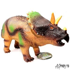 Large Soft Stuffed Triceratop Awesome Dinosaur Plastic Toy Model Figure Age 3+