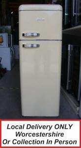 Swan SR11010CN Cream Retro Style Fridge Freezer Top Freezer/Bottom Fridge PFF G1
