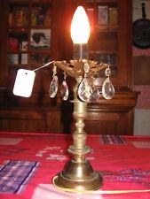 LAMPE ANCIENNE EN BRONZE ET PAMPILLES EN VERRE/N°018