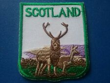NOVELTY BACKPACKERS FLAG SHIELD SEW / IRON ON PATCH:- SCOTLAND HIGHLAND STAG