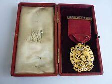 Medalla n.l.l.v. y b.s.p.s.