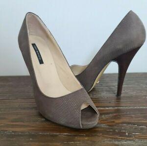 TONY BIANCO womens size 5.5 brown snake print peep toe stiletto heel wooden heel
