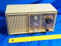 Mid Century GE Alarm Clock Radio Mode C2420D Beige Tested  VTG Retro Solid State