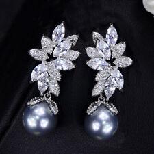 CWWZircons Shiny CZ Blattform 925 Silber Frauen Schlenker Graue Perle Ohrringe