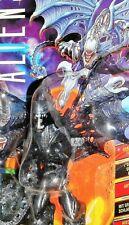 aliens vs predator kenner FLYING ALIEN QUEEN trading card series UK VARIANT moc