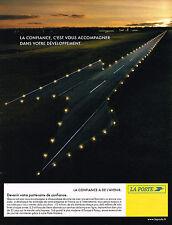 PUBLICITE ADVERTISING 015  2004  LA POSTE  confiance  et avenir