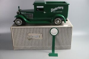 Vtg Underberg Bitters Promotional Toy Truck Made in Germany Beautiful Rare Green