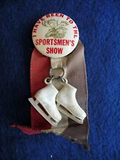 Vtg MOOSE I Have Been to the Sportsmen's Show Celluloid Pin Button Ice Skates