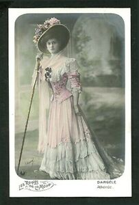 French 1905 DARGELE Art NOUVEAU Hand Tinted Music Hall Star FASHION Plate