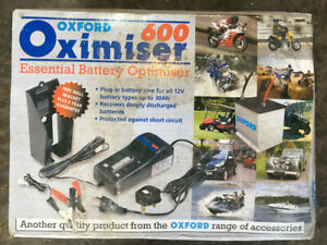 Oxford Oximiser 600 Motorcycle Battery Charger, boxed