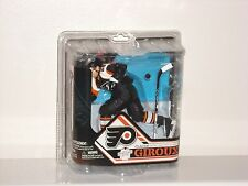 CLAUDE GIROUX Philadelphia Flyers McFarlane Figurine Statue Series 32 Variant