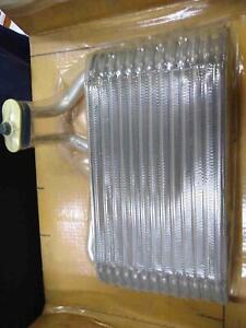 85 86 92 93 94 Nos Oem Gm # 3056418 New Evaporator Core