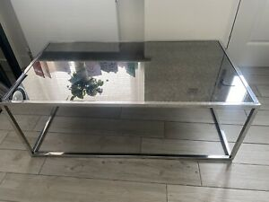 Silver Chrome Mirrored Coffee Table