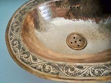 Vasque cuivre rouge gravée Marocaine ovale évier lave main lavabo  38x30cm