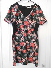 OASIS black floral body con style dress - size L - Immaculate worn once