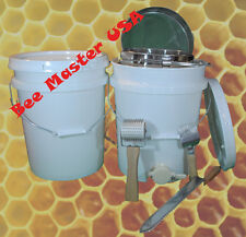 Bottling+Storage Pail w/gate, Lid, Double Strainer, Uncapping Roller,Fork,Knife.