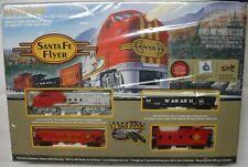Bachmann  HO-scale Train Set Santa Fe Flyer  #00647 Snap Fit E-Z Track