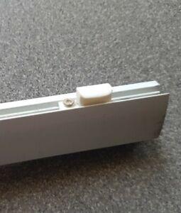 Ikea Kvartal weiß Gleiter für Laufleiste Panel