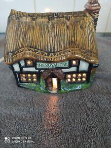 Vintage/RETRO  Pottery Hand Painted Night Light Lamp - THE ROYAL OAK PUB