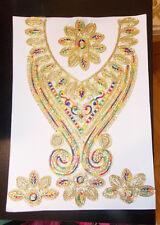 Gold Multi empiècement dentelle brodé Kameez Gala Col Applique Motif Indien Asiatique
