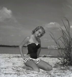 Bunny Yeager 1954 Pin-up Camera Negative Photograph Bikini Model Janette Stanley