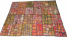Tentures murales et tapis pour la décoration du salon