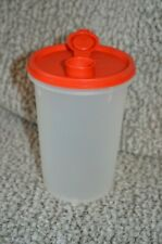 VINTAGE TUPPERWARE 321 ROUND STORAGE CONTAINER CANISTER W/POUR SPOUT LID