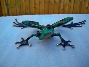 THINKER byTim Cotterill Frogman bronze frog sculpture
