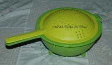 TUPPERWARE DOUBLE COLANDER GREEN - TWO PIECE WITH STRAINER
