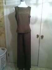 Ann Taylor Size 8 Green Pant Suit 100% Silk Lined Shirt/ Pants