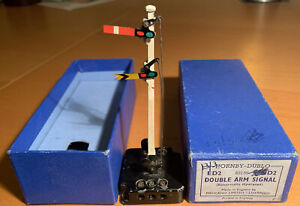Hornby Dublo 32136 ED2 Double Arm Signal, Electrically Operated,Near Mint, Boxed