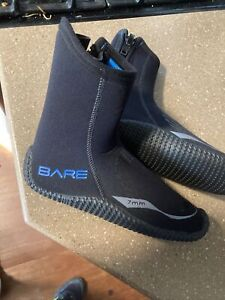 NWT Bare 7mm Size 7 Scuba Booties Boots Wetsuit