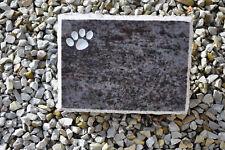 Tiergrabstein Grabstein Grabmal Tier Grabplatte massiv Pfote Tatze Hund Katze