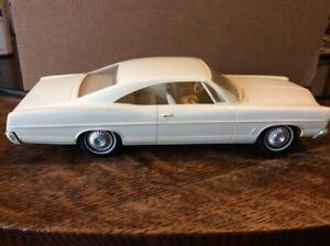 AMT 1/25 Scale 1967 Ford Galaxie Coupe Friction Promo Promotional Model Car