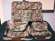 American Tourister Set of 3: Rolling Suitcase,Toiletries/Cosmetic Bag & Duffle