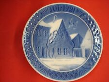 "1921 Royal Copenhagen Rc Christmas Plate ""Market Place in Aabenraa """