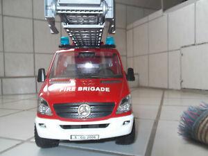 BRUDER,Profi-Serie  MercedesSprinter,Feuerwehr von BRUDER