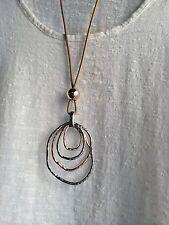 Lagenlook largo peculiar distintivo collar de plata antigua y color oro