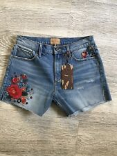 Driftwood Jeans Floral Embroidered Shorts Size 26 Cut Off Denim