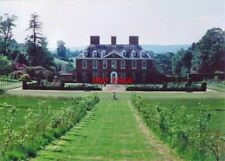 PHOTO  WESTERHAM KENT SQUERRYES COURT IN 1993 THE WIDE GRASS PATH LEADS DOWN THE