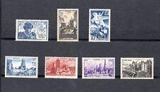 lot de 7 timbres neufs france 1945 N°669 et 742 à 747 sans trace de charnière
