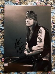 AXL ROSE AUTHENTIC SIGNED AUTOGRAPHED 8x11 PHOTO GUNS N' ROSES