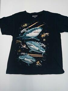 GILDAN BOYS SHARK T-SHIRT SIZE 8 [ E ]