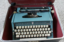 Brother Deluxe Model 895 Vintage Manual Blue Typewriter w/case Made in Japan